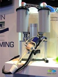 Dosieranlage für serielle Produktion bei Verarbeitung von Epoxyschaumsystemen