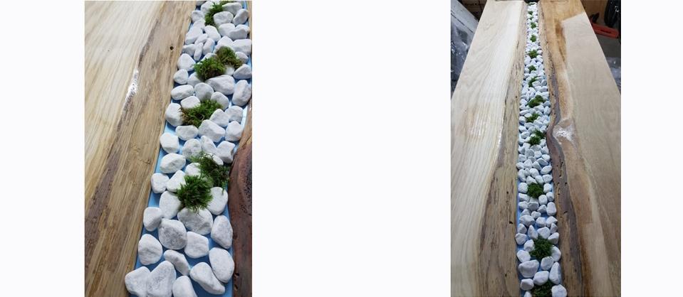 Anleitung Epoxidharz Tisch: Einfüllen von Kiesel und Moos