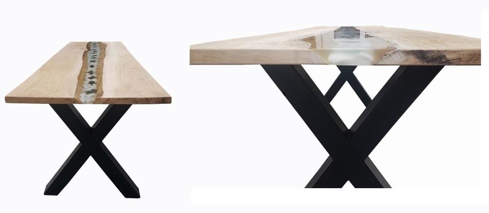 Anleitung Epoxidharz Tisch: Tisch mit montiertem Untergestell