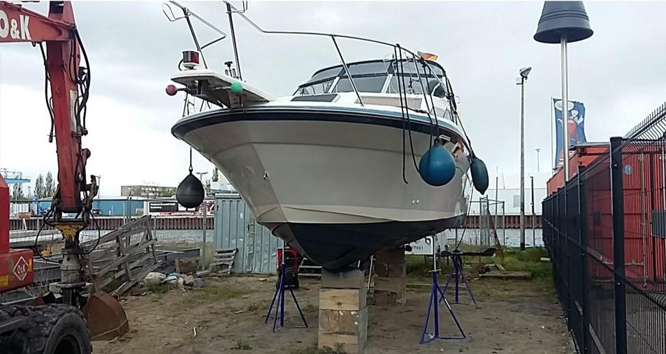 Motorboot 30 Jahre nach Osmosesanierung
